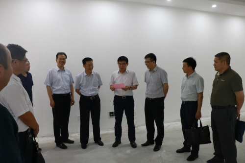省发改委来靖调研粮食平台项目和粮食产业园